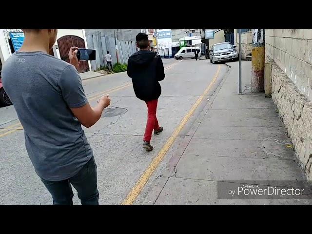 Fregando en las calles ft. Ceybox xD!!!