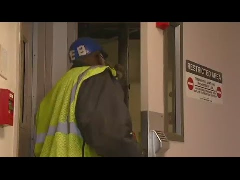 CNN investigates the screening process for airport workers