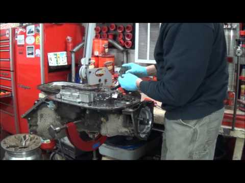 12-17-14 4L80E broken output shaft replacement how to Part 1