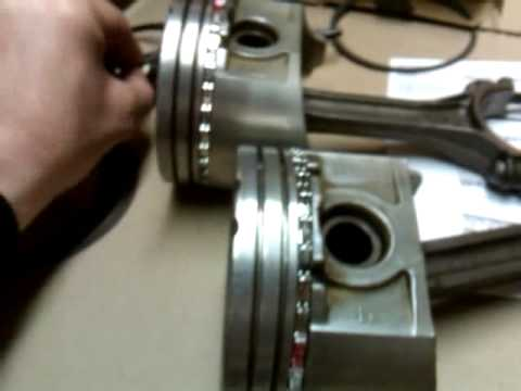 How to rebuild an engine = how to replace piston rings,rod bearings, tap in a piston