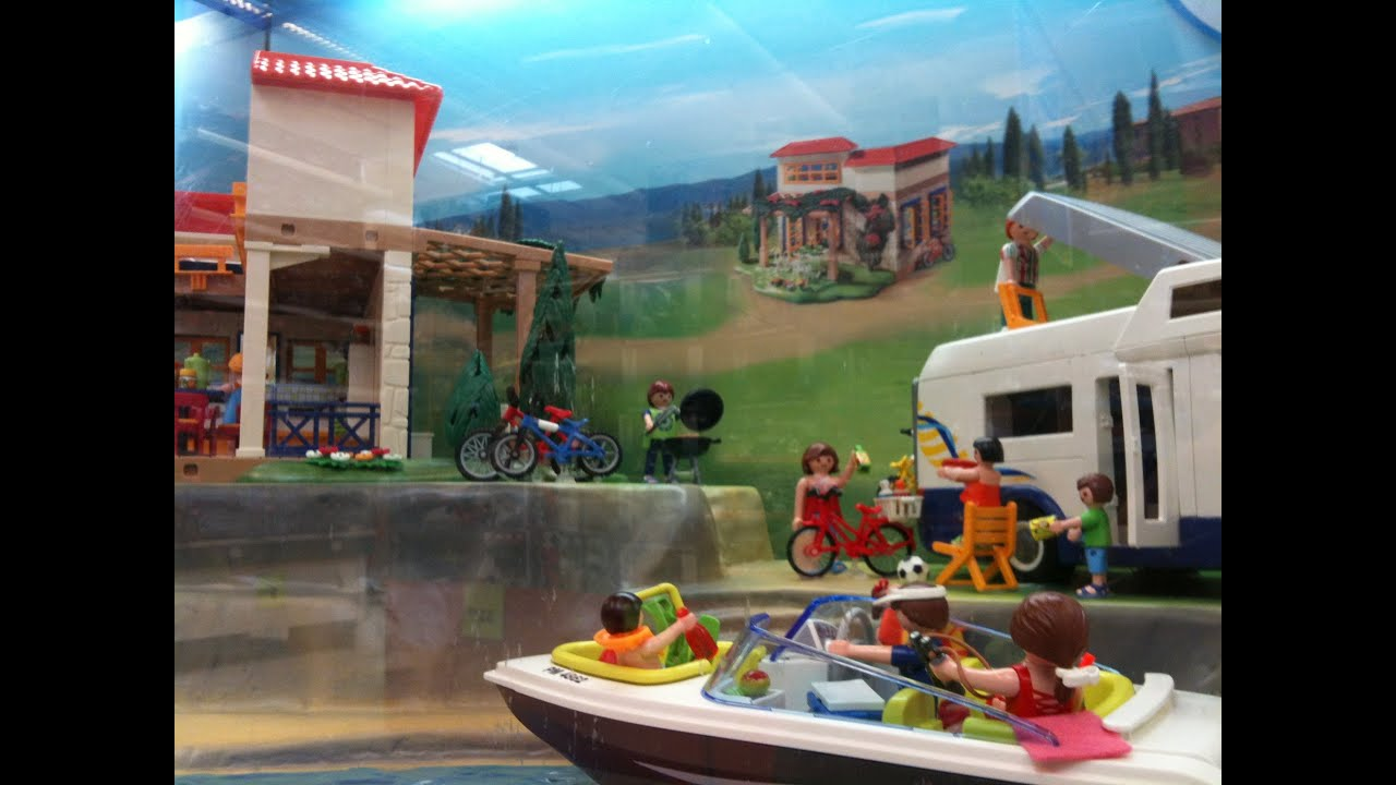Playmobil maison camping car bateau vitrine noel youtube for Piscine playmobil