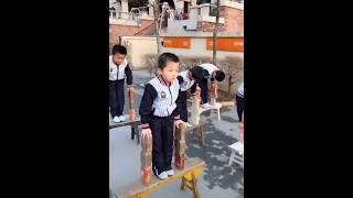 Обычный урок физкультуры в китайской начальной школе