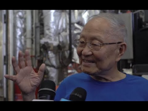 Elderly Chinese Academician Experiences Deep Sea Dive with Submersible