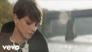 Смотреть клип Alessandra Amoroso - Este Amor Lo Vale