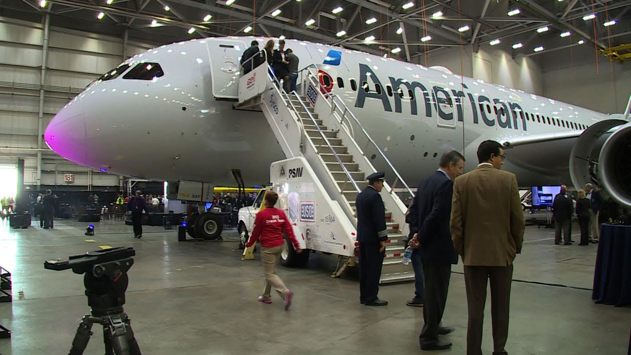 Inside american airlines newest boeing 787 dreamliner youtube sciox Gallery