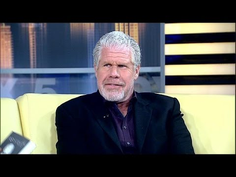 Ron Perlman of 'Sons of Anarchy' shares personal stories in 'Easy Street'
