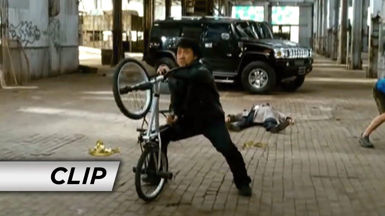 Download The Spy Next Door (2010) - 'Bike Fight'