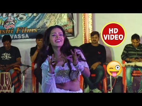 Pawan Singh के Show में Khesari Lal का सुपरहिट गाना - Palang Kare Choy Choy पर Live Dance - New Song