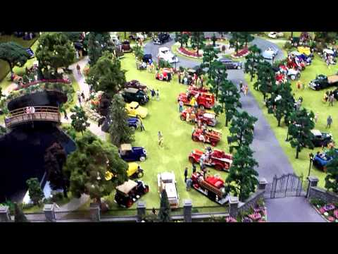 Antique Car Show Diorama