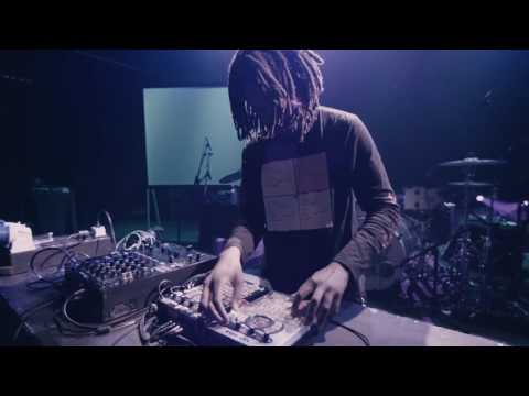 Teebs - Live Session - 'View Point' - 'Moments' - Ninja Tune - London- Soundcheck Session