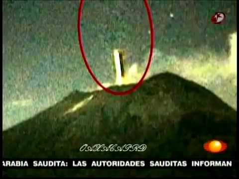 OBJETO ENTRA AL POPOCATÉPETL desde el espacio, 25 Octubre 2012.mp4