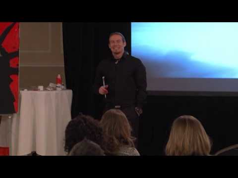 Artistic Erik Wahl speaks on The Art of Vision