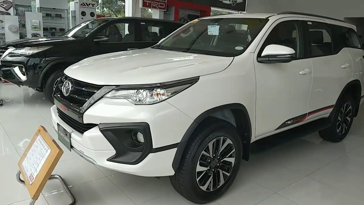 Toyota FORTUNER 4x2 TRD Diesel | White PEARL (Philippines)