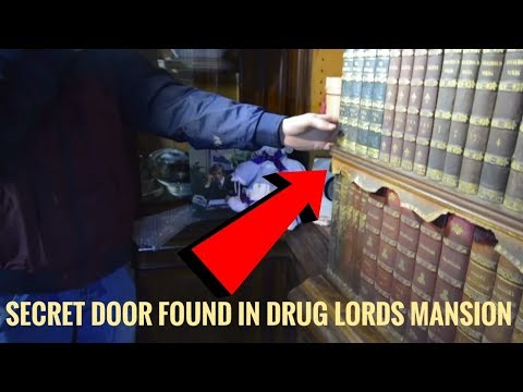 Haunted Abandoned Drug Lords Mansion | Every Thing Left Behind (We Found Secret Door)