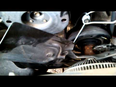 Removing Clutch Fan From A 2004 Dodge Durango