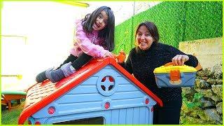 RÜYA VE ÖZLEM EVLERİNİN ÇATISINA KIŞLIK BAKIM YAPTIK l Repairin Toy House For Winter