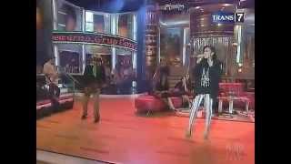 Nicky Astria Misteri Cinta trans7 21 11 2012