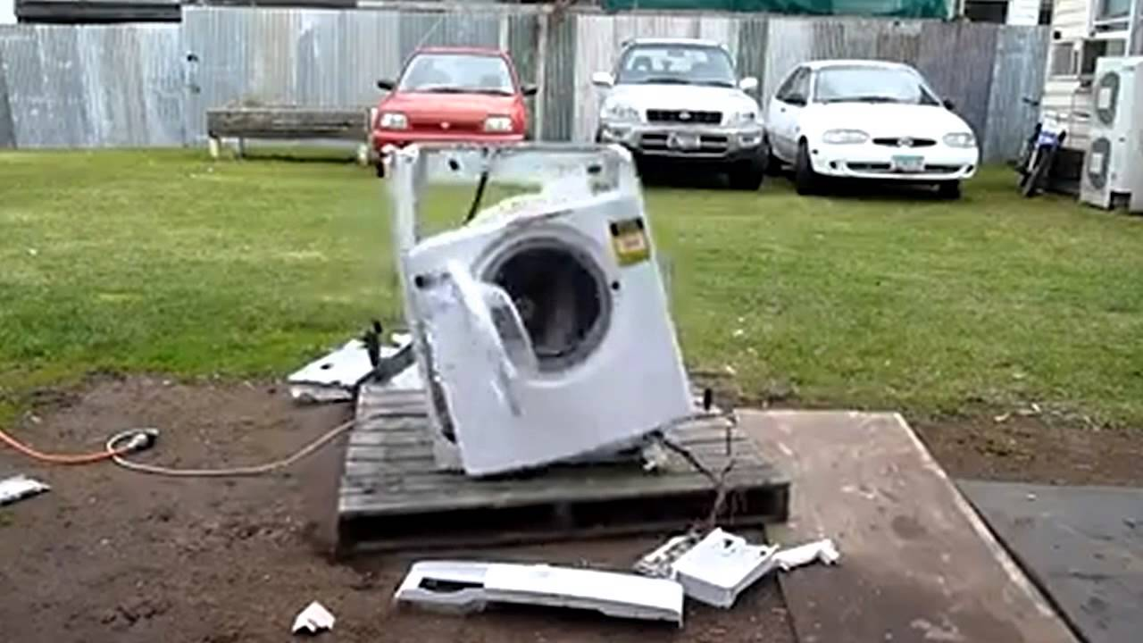 Funny Washing Machine ~ Funny techno washer dance breaks apart with style youtube
