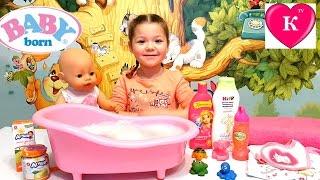 Купание  куклы Беби Борн Видео для детей Baby Born toy swimming Video for children(Привет ребята, сегодня вы увидите как Кристина купает и кормит куклу Беби Борн Эмили. Всем приятного просмо..., 2016-03-26T05:00:01.000Z)