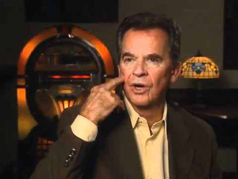 Dick Clark discusses MTV and Bandstand imitators - EMMYTVLEGENDS.ORG