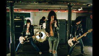Ramones - Don't Come Close (Official Music Video)