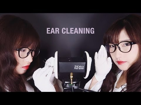 ASMR. Twin Doctors Ear Cleaning w/Tweezer (No Talking)