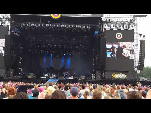 OneRepublic - Apologize & Stay with me Live Pinkpop 2015