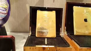 Golden iPad Burj Al Arab Dubai. 23.02.2015