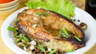 Жареная рыба. Как пожарить рыбу (сома). Жареная рыба на сковороде. Стейк из рыбы на сковороде.