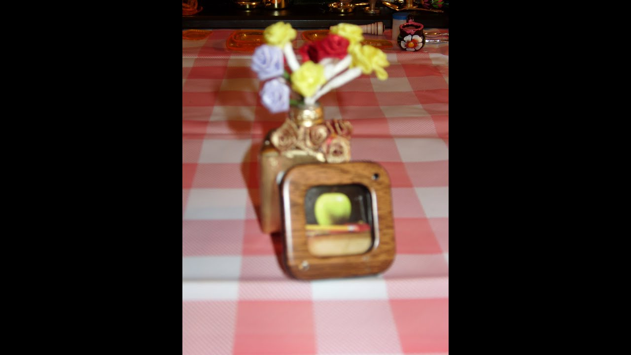 DIY Miniatura marcos de fotos para tus muñecas - YouTube