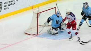 Mamin dangles through two Minsk players to score