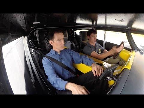 DETROIT:  Futuristic Driving