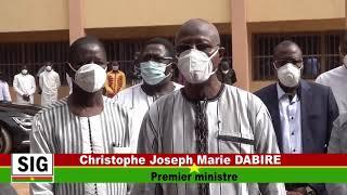 Covid-19 - Le premier Ministre du Burkina Faso, Christophe Joseph Marie Dabire, visite le laboratoire U-Pharma et l'atelier militaire de masques
