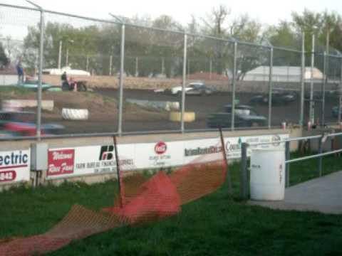 Warren County Speedway Heat Race 99c April 17, 2010
