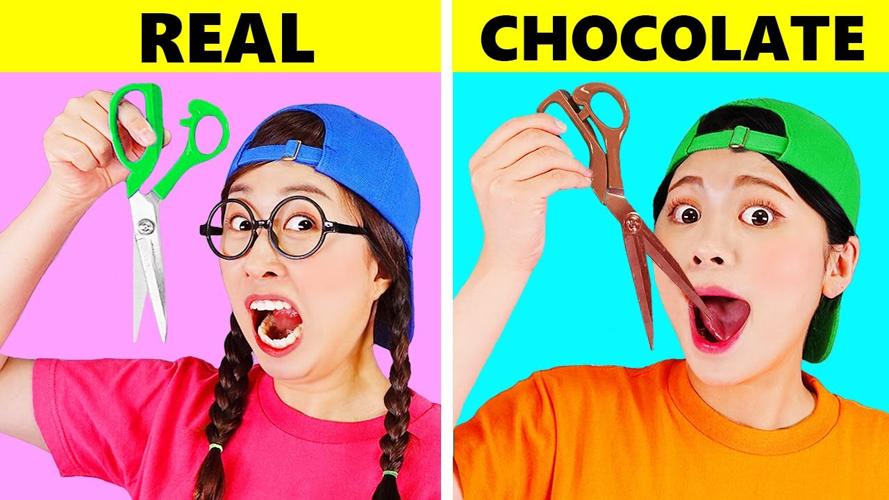 REAL VS CHOCOLATE FOOD CHALLENGE 진짜음식 초콜릿 음식 챌린지 DONA 도나