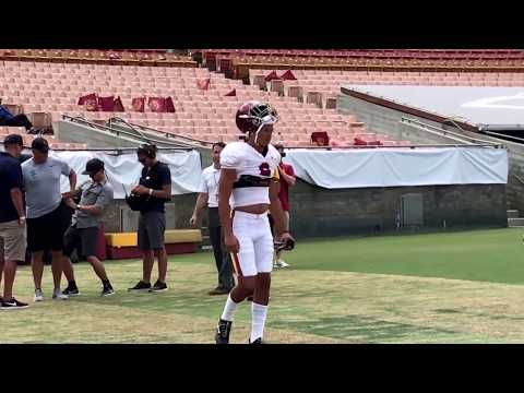 USC OLB Hunter Echols takes the field at the Coliseum in uniform
