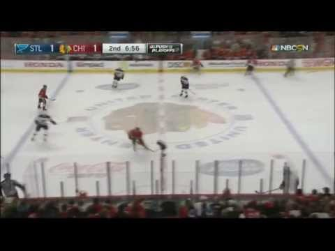 Brent Seabrook hit knocks out Ryan Reaves toof. St. Louis Blues vs Chicago Blackhawks April 5 2015