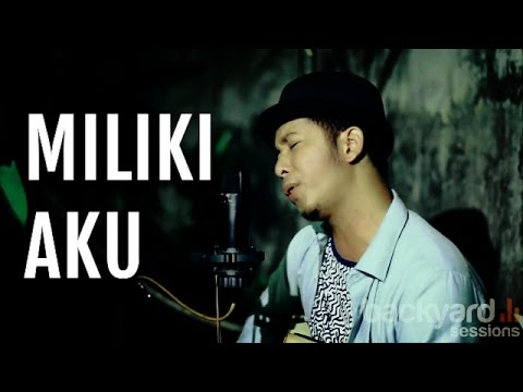 Miliki Aku - Dinno Alshan (Shakey cover) // EXI Backyard Sessions