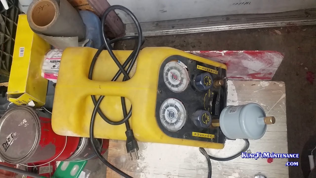 Refrigerant recovery hook up