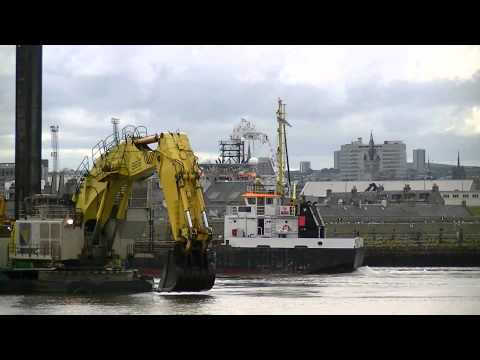 Long Sand Hopper Barge Arriving in Aberdeen Harbour  to be loaded up by the Nordic Giant