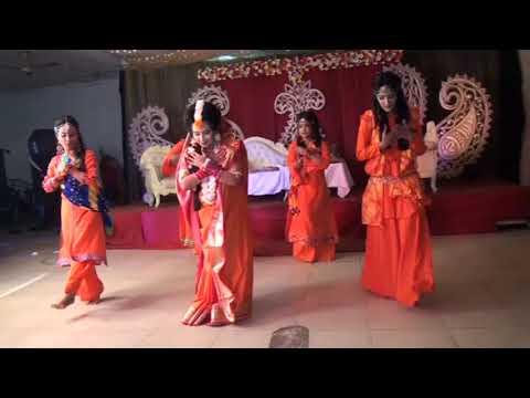 Mehendi Hai Rachnewali | Awesome Holud Dance Performance | Bengali Holud Ceremony 2018 |