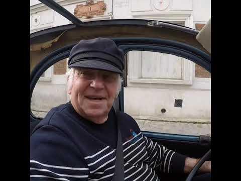 Paris Montmartre Tour In A Citroen 2CV
