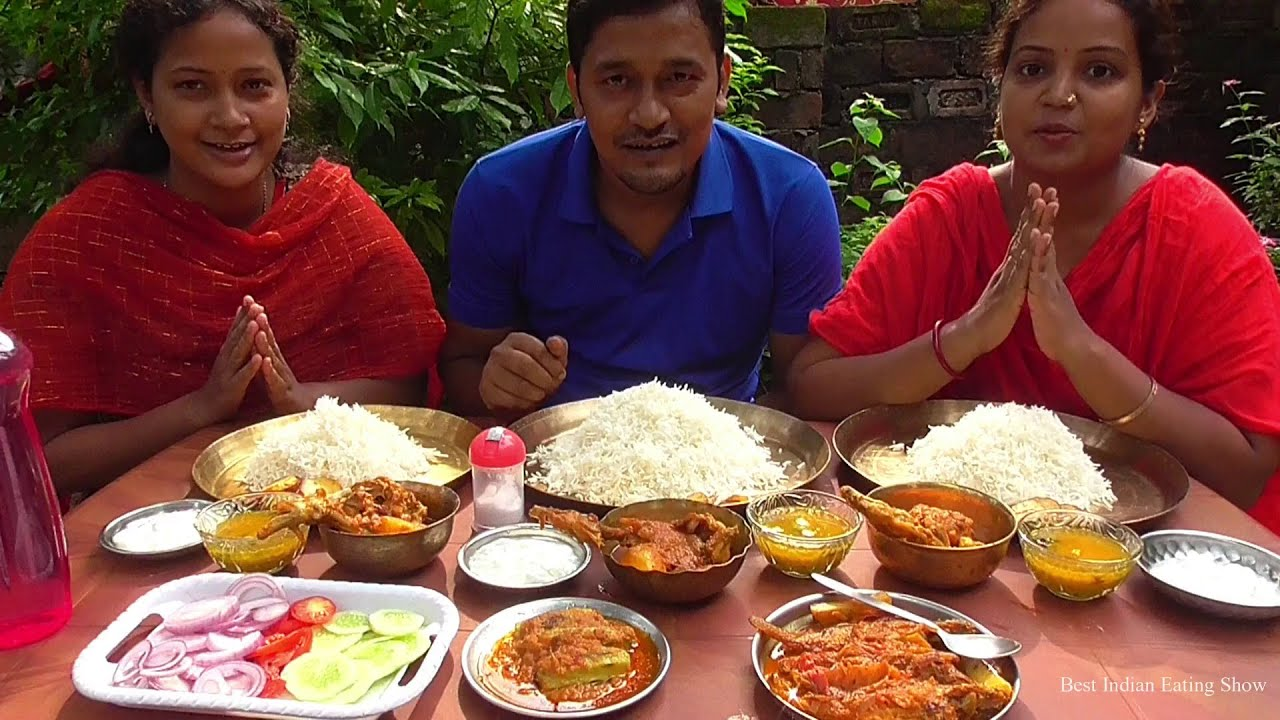Husband Wife & Sister Eating Show - Chicken Kosha - Vola Fish Jhal - Doi Potol