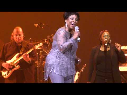 Gladys Knight - Make yours a happy home