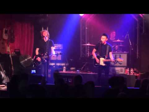 The Eyres - Highwire live at the Box
