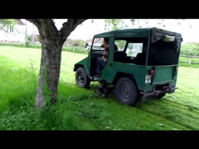 Le tracteur Cournil et sa faucheuse