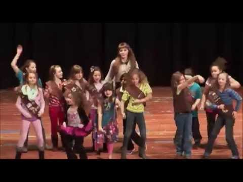 Girl Scout Cookie Time 2015 - Shake it Off Parody