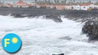 BIG WAVES in Caleta de Fuste - 28th January 2018 - DO NOT GO NEAR THE WATER!