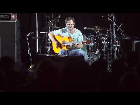 Al DiMeola Performs at John Petrucci's Guitar Universe 2.0