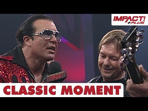 """scott-hall-gets-knocked-out-in-the-pit-with-""""rowdy""""-roddy-piper!-